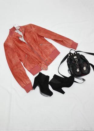Кожаная коралловая куртка clockhouse. код 455