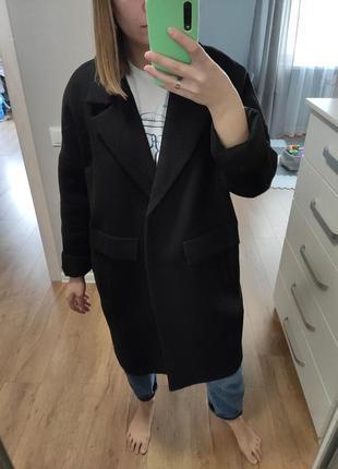 Черное пальто 50% шерсть