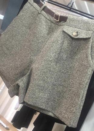 Стильные шорты-бермуды из твидовой ткани2 фото