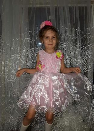 Красивое карнавальное платье на 2-5 лет, утренник,сукня. рост 92-104 - корсет. цветок