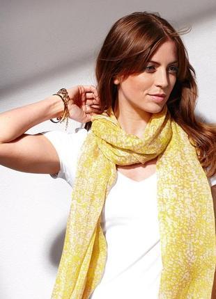 Жовто - бежевый шарф