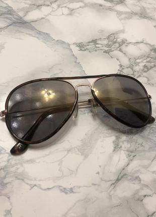 Сонцезахисні окуляри «авіатори»