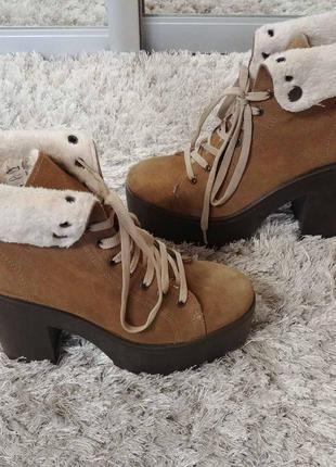 Утеплені черевички tambourin від andre нат.замш р.37.3 фото