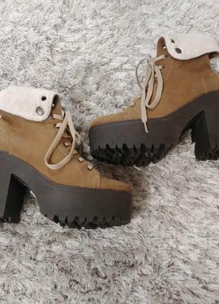 Утеплені черевички tambourin від andre нат.замш р.37.4 фото