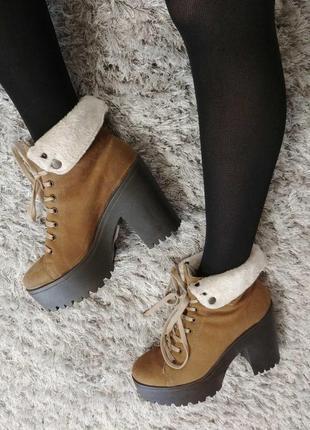 Утеплені черевички tambourin від andre нат.замш р.37.8 фото