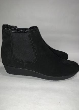Женские кожаные ботинки на танкетке  gabor. размер 40.5. стелька 26.5