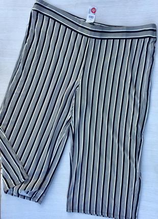 Шикарные брюки палаццо в полоску большого размера