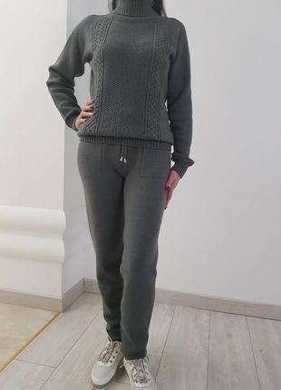 Вязаный брючный костюм с итальянской пряжи бесшовный  распродажа