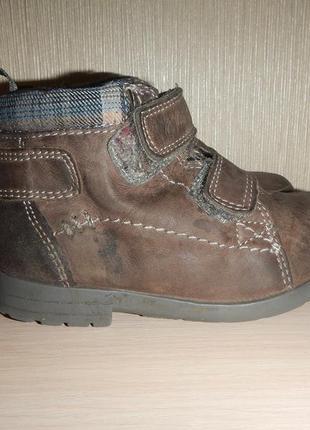 Кожаные ботинки clarks р.21(14см) деми