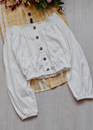 Блузка с открытыми плечами нежного молочного цвета с пуговицами h&m