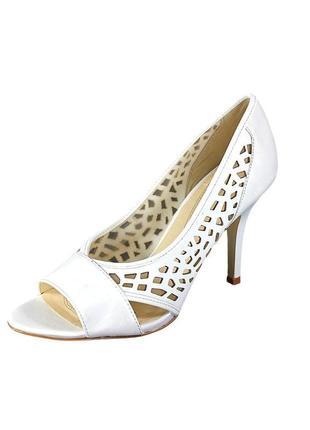 Tahari туфли на каблуке,  из сша, большой размер