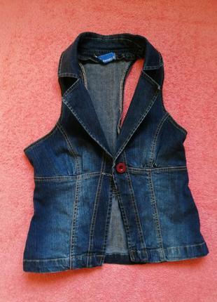 Стильная джинсовая жилетка modo casual wear