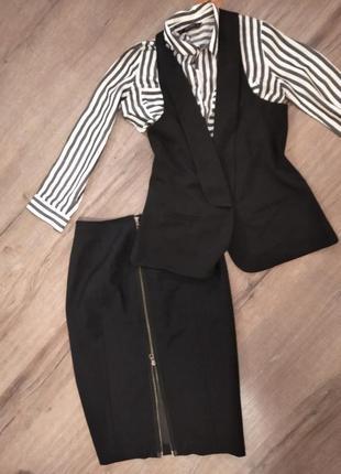 Костюм. юбка, жилетка рубашка zara.