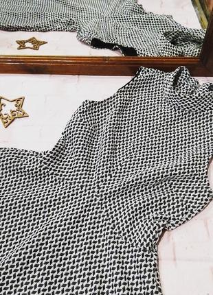 Платье водолазка скейтер river island2 фото