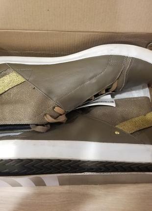 Кеди, туфлі adidas