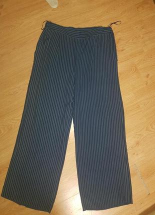Стильні легкі штани в полоску