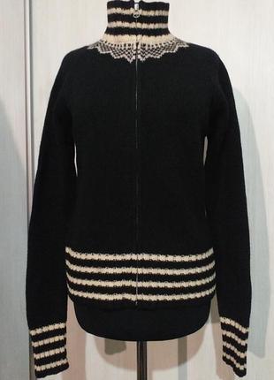 Стильный теплый свитер на замке от gap