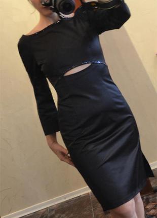 Маленькое черное платье с декором из бисера