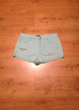 Стильні короткі джинсові шорти з рваностями/ forever 21/