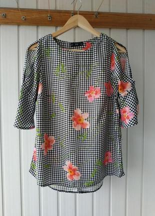 Вискозная блуза с разрезами и воланами на рукавах f&f