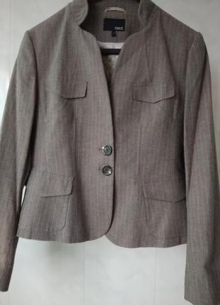Стильный пиджак в лёгкую полоску next