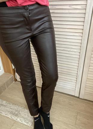 Кожаные кожзам леггинсы штаны