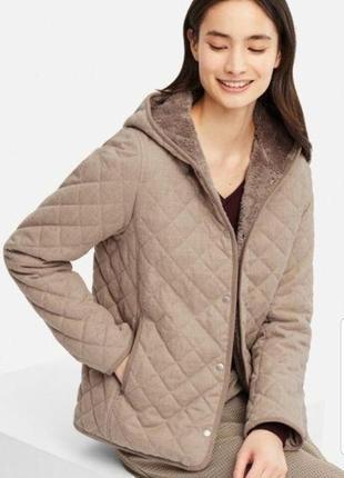 Стеганая куртка с капюшоном  пиджак uniqlo