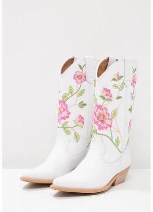 Новые сапоги казаки kentucky western белые кожаные с вышивкой acne cowboy boot