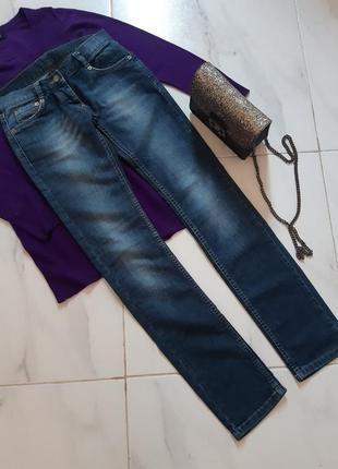 Джинсы/крутые джинсы женские/люкс бренд/ прямые/узкие/ италия /слимы/скины/   xs