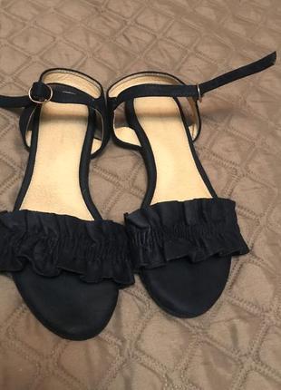 Женские замшевые босоножки accessorize 39размер