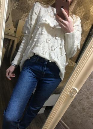 Объемный оригинальный  свитер