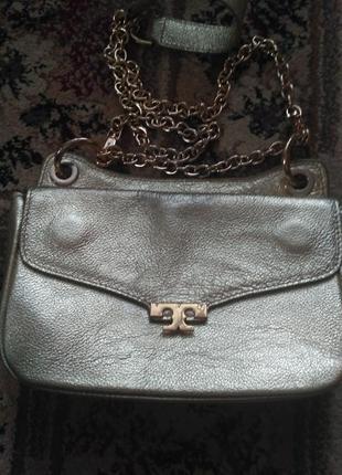 Кожаная фирменная сумка через плечо