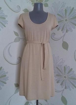 Платье трикотажное расклешенное приталенное вискоза миди