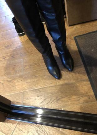 Кожаные высокие сапоги
