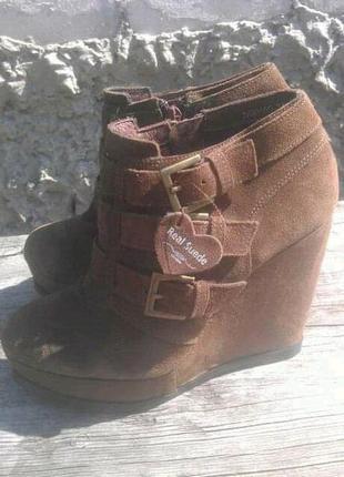 Туфлі туфли красовки макасины ботинки ботильоны сапоги сапожки балетки туфли кожа