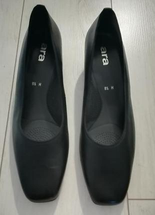 Классические черные новые туфли ara на широкую ногу