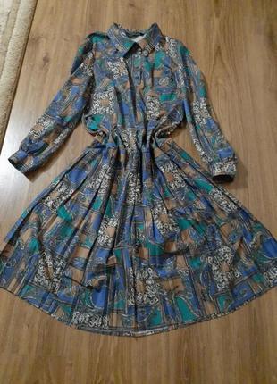 Вінтажне плаття великого рлзміру
