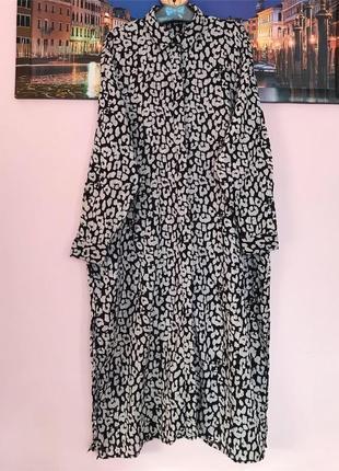 Натуральное платье с принтом с карманами