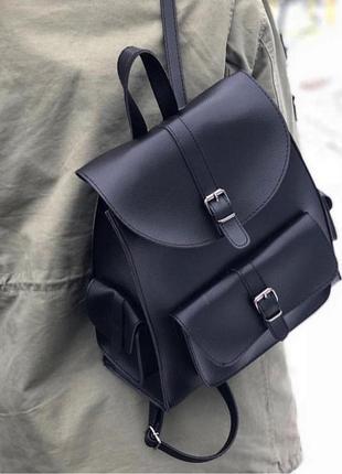 Стильный черный городской рюкзачок из эко-кожи с карманами вместительный рюкзак4 фото