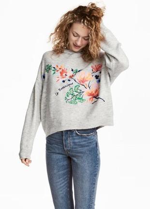 Меланжевый свитер с капюшоном и вышивкой h&m