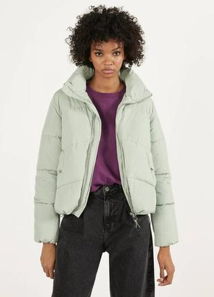 Скидка на новую куртку bershka