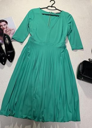 Стильное платье,размер xl