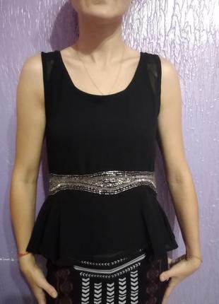 Нарядна елегантна блузка з баскою 50 грн