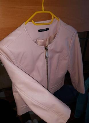 Коротка курточка-жакет