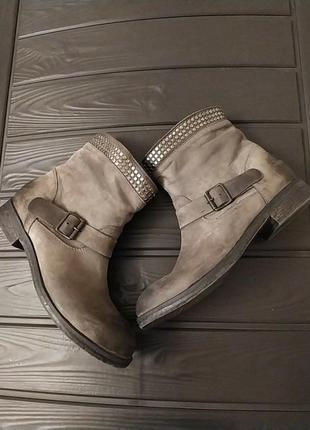 Все идеально !!! без нюансов !!!шикарные кожаные ботинки  ботильоны vero cuoio италия
