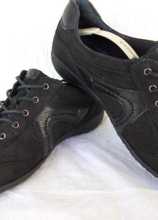 Спортивние туфли,мокасини medicus р.38
