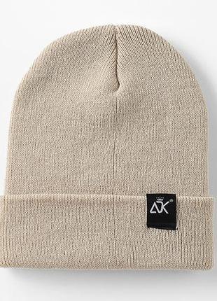 7 стильная вязаная шапка