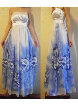 Шикарное нарядное платье с синими цветами на праздник