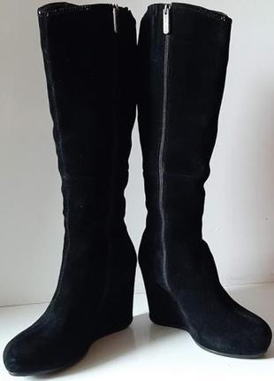Шикарные женские сапоги из натуральной чёрной замши
