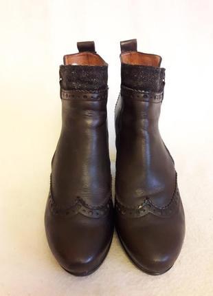 Брендовые кожаные ботинки фирмы hispanitas ( испания)